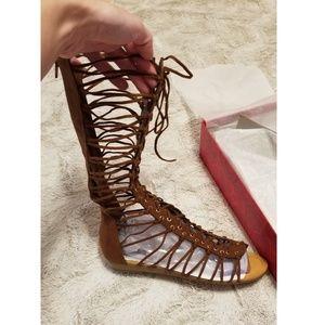 0f27d8f406913 Carlos Santana Shoes - 🆕️NIB-Carlos Santana Tanner Gladiator Sandals
